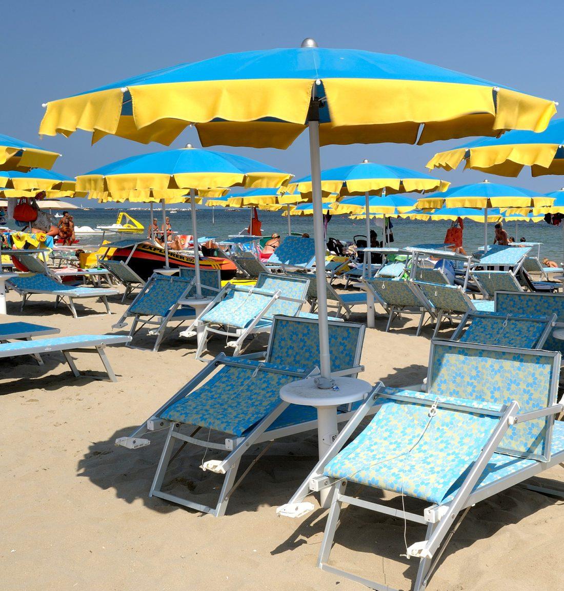Ombrellone Classico con Panta - Tessitura Selva - arredi e attrezzatura da spiaggia, piscina e giardini