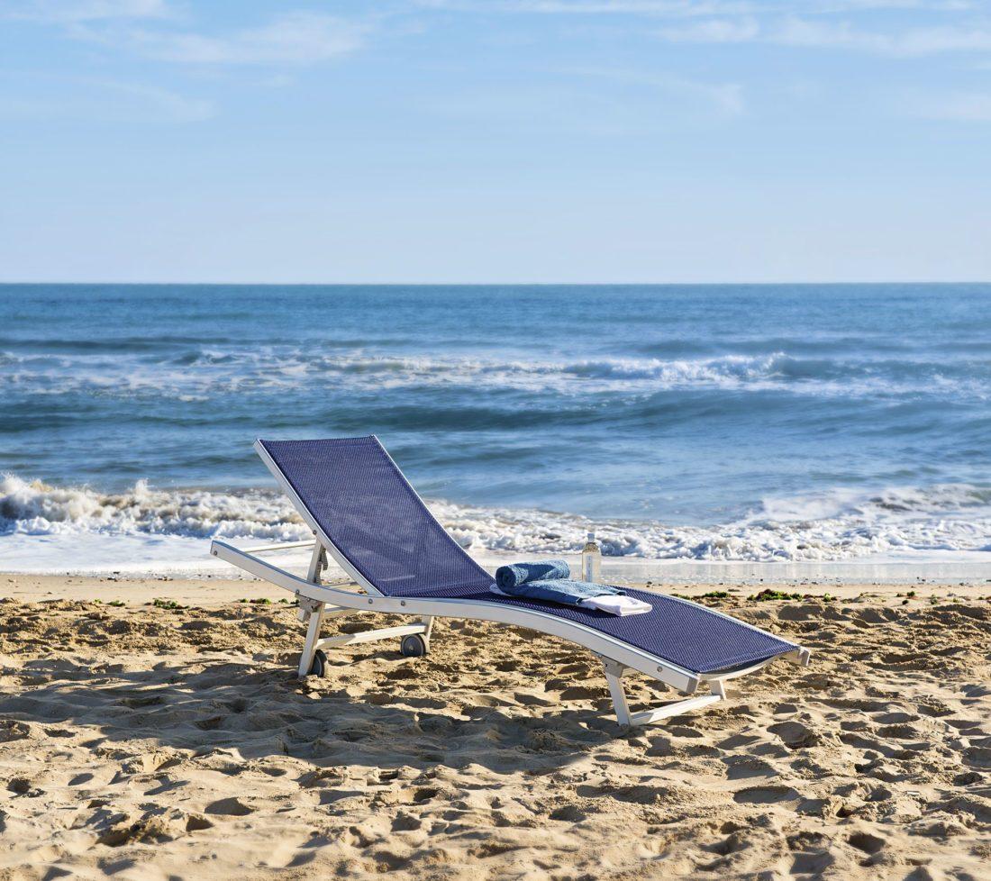Lettino in alluminio per la spiaggia ONDA - Tessitura Selva - arredi e attrezzatura da spiaggia e giardini