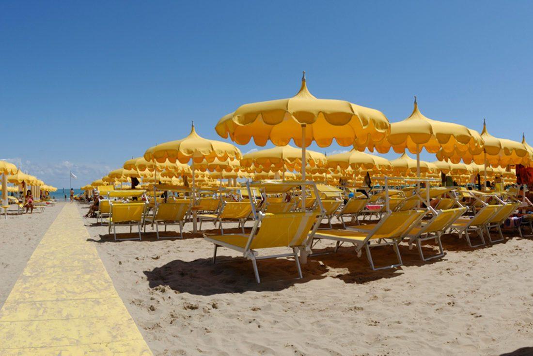 Ombrellone pagoda spiaggia - Tessitura Selva - arredi e attrezzatura da spiaggia, piscina e giardini