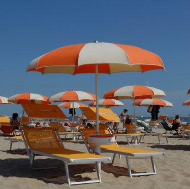 Ombrellone spiaggia stecche curve - Tessitura Selva - arredi e attrezzatura da spiaggia, piscina e giardini